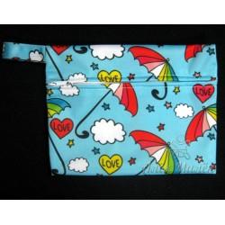 Непромокаемая сумочка для подгузников и мокрого белья (Зонтики)
